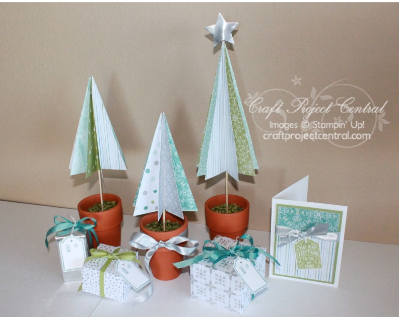 Trio of Trees Holiday Gift Display